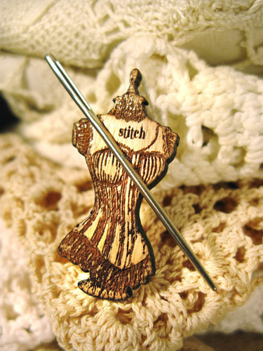 click here to view larger image of Dress Form Needle Minder (accessory)